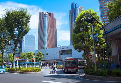 都内と横浜の中間点、武蔵小杉駅より徒歩5分