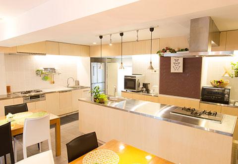 用途が広がるWキッチン+充実の調理設備