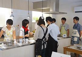 整った環境のレンタルキッチンでCooking School